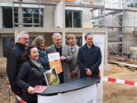 PROJECT Life Stiftung übergibt eine Spende in Höhe von 20.000 € an die Pestalozzi-Stiftung Hamburg