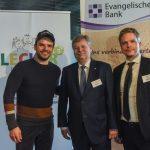 Andreas Großer von der Evangelischen Bank mit Steffen Henssler und Kai Gosslar