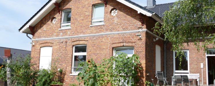 AWG Alte Schule - 9 Plätze - Wohngemeinschaft im Einzelhaus - eigene Homepage: https://alte-schule-reitbrook.de