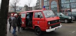 Im Feuerwehr Auto unterwegs